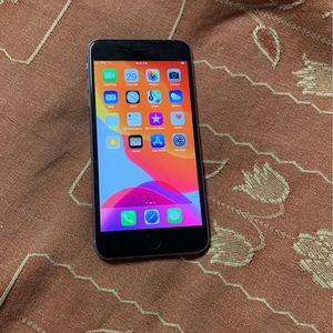 iPhone 6s Plus With Case for Sale in Umatilla, OR