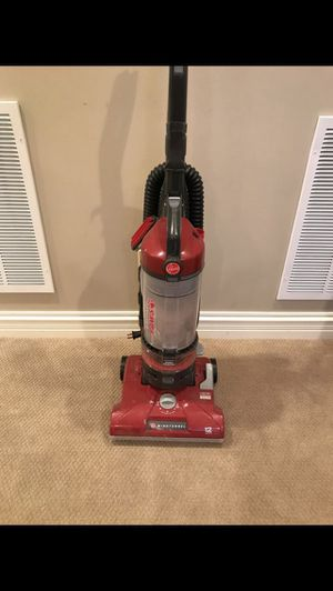 Hoover Wind Tunnel PAWS Vacuum - DOES NOT WORK WELL for Sale in St. Charles, IL