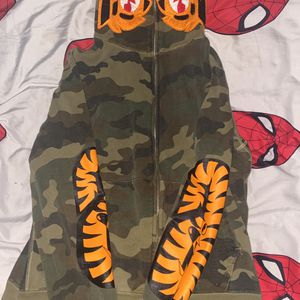 Bape Hoodie Size Medium for Sale in Joint Base Andrews, MD
