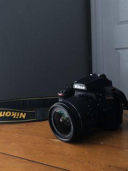 Nikon D3400 w/ AF-P NIKKOR 18-55 mm lens. Battery included, no charger for Sale in Orlando,  FL
