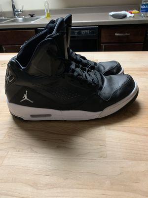 Jordans SZ10.5 for Sale in Fargo, ND