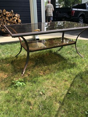 Patio coffee or dining table for Sale in Lexington, KY