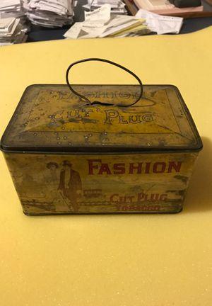 Fashion cut plug tobacco tin for Sale in Channahon, IL