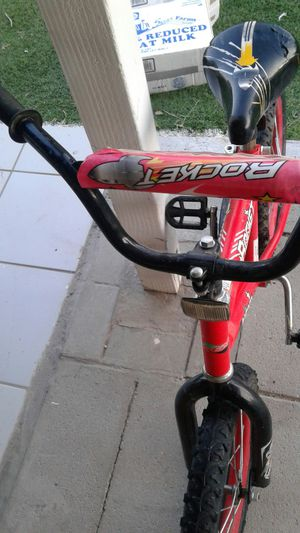 Bike ROKET 16inch New tirs and good tupe very good for Sale in Phoenix, AZ