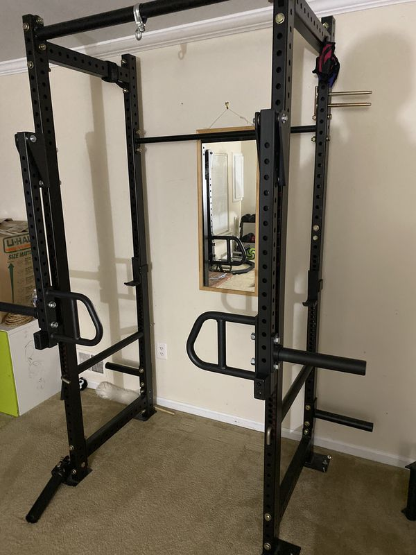 Power Cage with Leavers Arms and row attachment( Titan T-3)