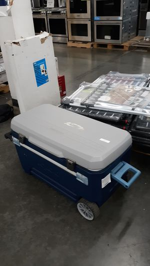 Cooler for Sale in Ontario, CA