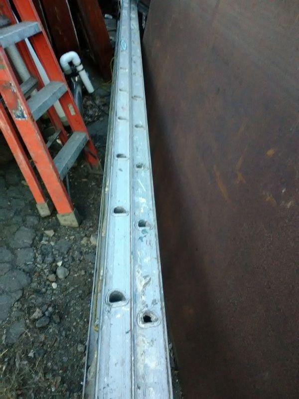 32'extension ladder