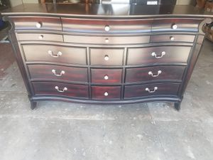 BEDROOM SET DRESSER AND BED FRAME AND HEADBOARD ONLY for Sale in Rosemead, CA