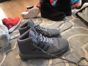 Men's size 10.5 Adidas high tops for Sale in Fountain Valley, CA