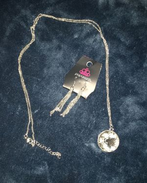 Diamond long necklace and earrings set for Sale in Compton, CA