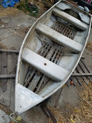 14ft Aluminum boat for Sale in Stockton, CA