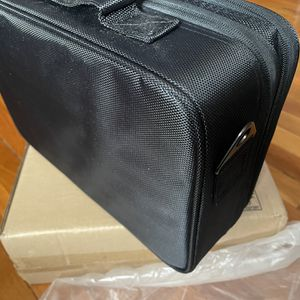 Makeup Travel/On Set Makeup Brush Case for Sale in Carlstadt, NJ
