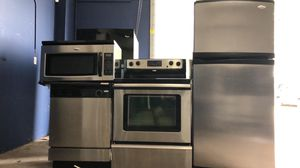 Kitchen appliance 4 piece package for Sale in Winter Park, FL