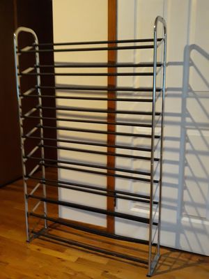 VERY NICE STRONG metal SHOES RACK HOLDS UP TO 60PAIRS OF SHOES FOR SALE for Sale in Bellevue, WA