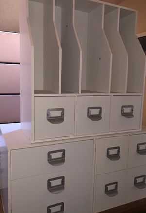 white drawer/shelves for Sale in San Jose, CA