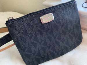 Micheal Kors Belt Bag for Sale in Jacksonville, NC