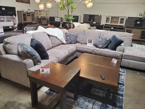 Modern Sectional Sofa (Ottoman/Coffee Table is not included) for Sale in Westminster, CA