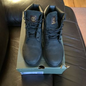 Timberland boots size 5 1/2 Youth for Sale in The Bronx, NY