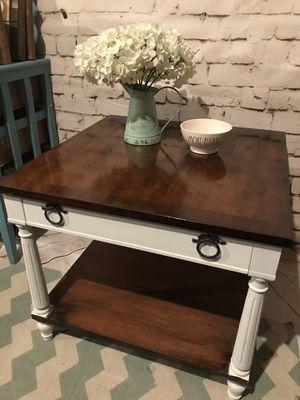 Luxury Kindel End Table Re-designed for Sale in Lake Stevens, WA