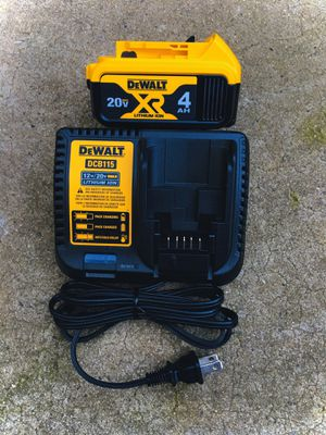 New DeWalt 20v Lithium Ion XR Battery & Dual Charger for Sale in Modesto, CA