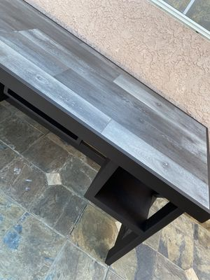 Laminate (waterproof) Desk for Sale in Anaheim, CA