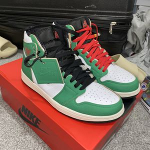 Air Jordan Wmns 1s Retro High Og Lucky Green for Sale in Fairburn, GA