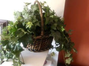 Beautiful basket for Sale in Phoenix, AZ