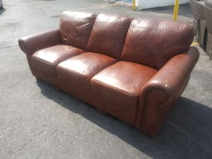 Leather couch for Sale in HALNDLE BCH, FL