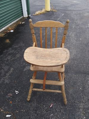 High chair for Sale in Joplin, MO