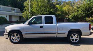 2001 Chevy Silverado low miles for Sale in Atlanta, GA