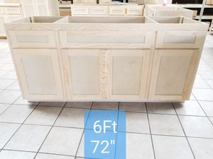 Kitchen 6 feet cabinets all wood plywood gavinetes for Sale in Whittier, CA