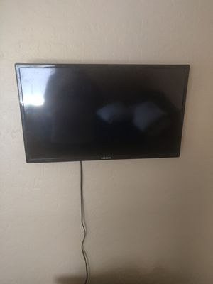 32inch Samsung for Sale in Apache Junction, AZ