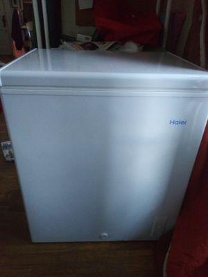 Haier 5.0 CU FT Chest Freezer for Sale in Cedar Rapids, IA