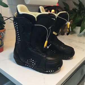 Women's Burton Snowboard Boots for Sale in Lake Stevens, WA