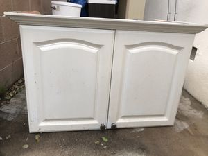 Kitchen cabinet Like new for Sale in Westminster, CA