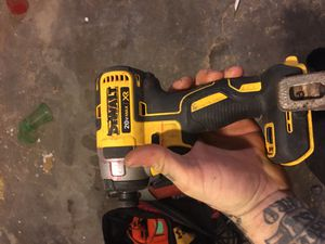 Dewalt impact driver batter and charger for Sale in Philadelphia, PA