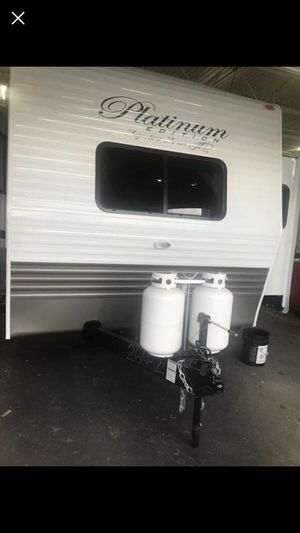 2019 36 foot travel trailer for Sale in Aurora, CO