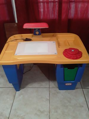 Kids desk for Sale in Egg Harbor Township, NJ