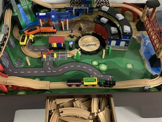Kids Wooden Table Train for Sale in Hallandale Beach,  FL