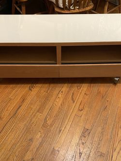 TV Stand ikea for Sale in Los Angeles,  CA