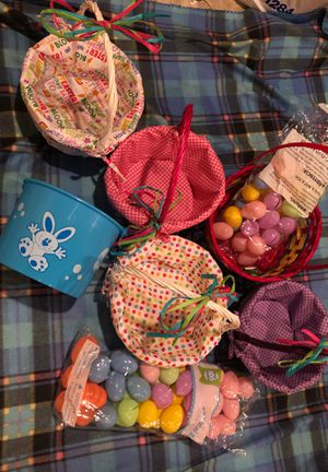 6 Adorable Easter Baskets w/ Eggs! for Sale in Olathe, KS