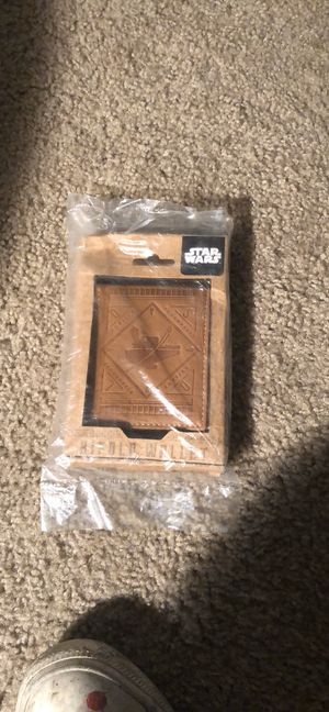 Star Wars brown leather bifold wallet sealed brand new gift box for Sale in Mesquite, TX
