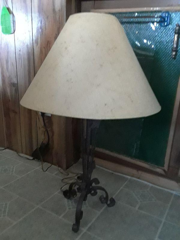 Brown Iron Lamp 25.