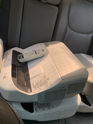 Epson projector $250 each for Sale in East Point, GA