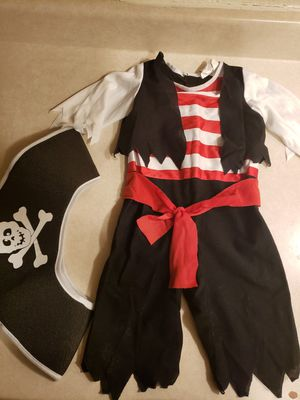 2T pirate costume for Sale in North Las Vegas, NV