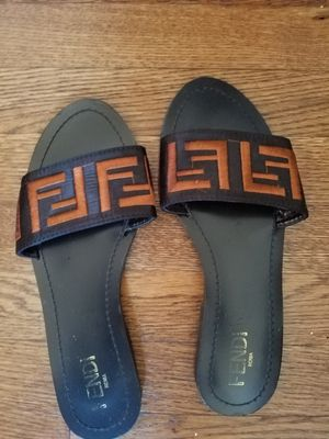 FENDI SLIPPERS FOR SALE SIZE 11 for Sale in Mount Rainier, MD