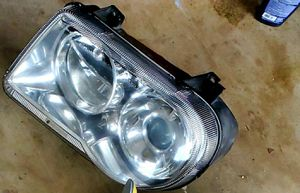 Chrysler 300 hemi headlights and TAILLIGHTS for Sale in Rogers, AR