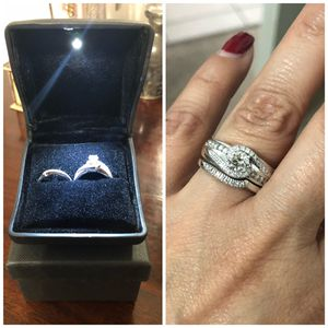 14k White Gold .85ctw (center is .50) Diamond Engagement & Wedding Band Set SIZE 6 for Sale in Newark, NJ