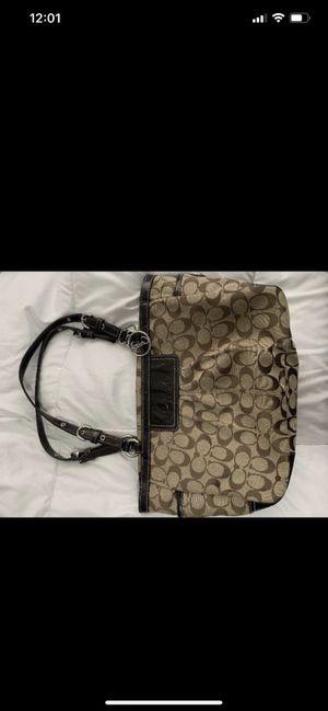 Coach handbag for Sale in Clovis, CA