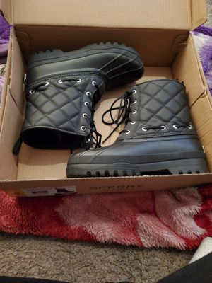 Rain duck boots Sperry ladies size 6 for Sale in Long Beach, CA